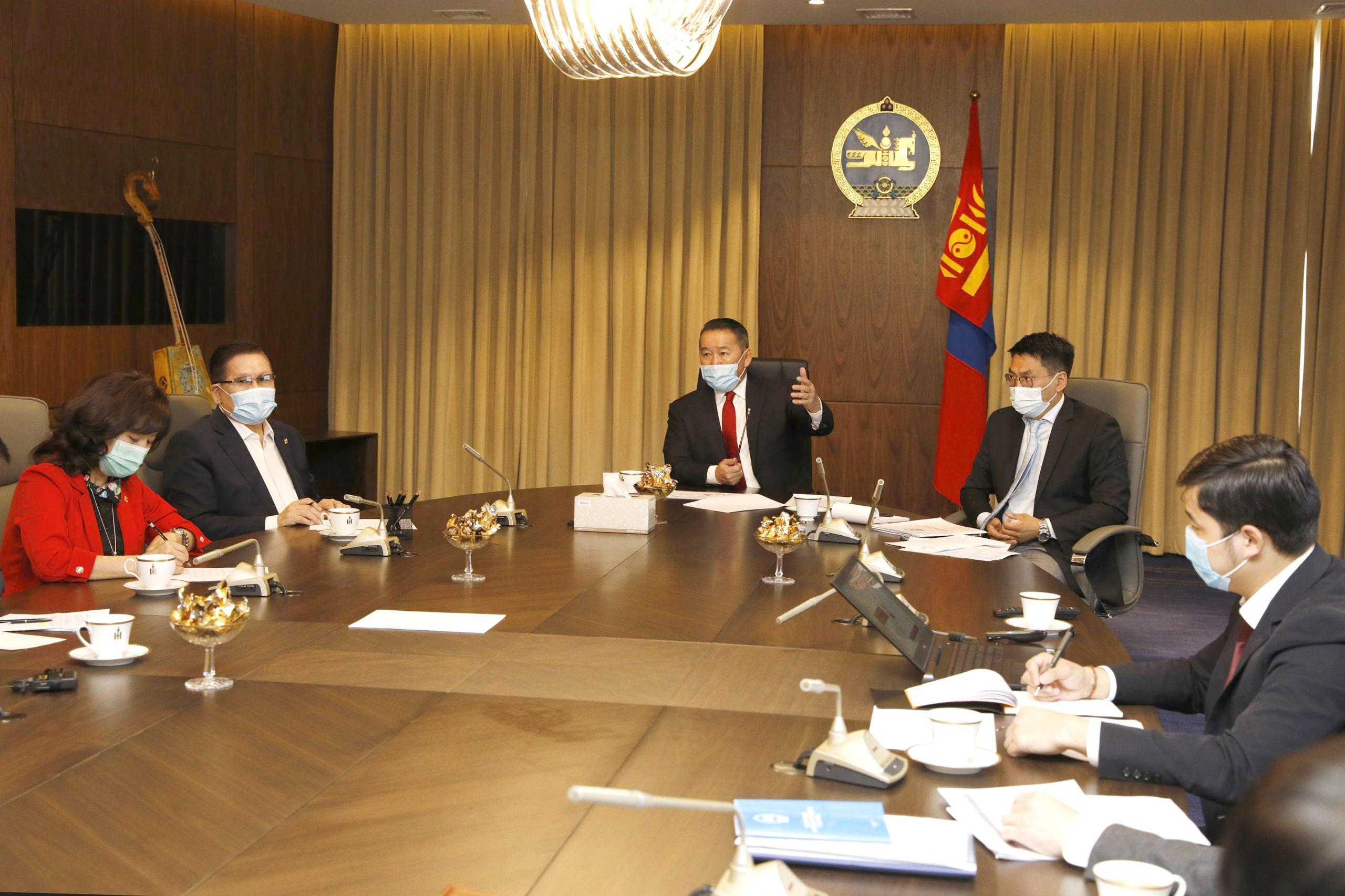 Монгол Улсын Ерөнхийлөгч Х.Баттулга УОК, СЕХ-ны гишүүдтэй уулзлаа
