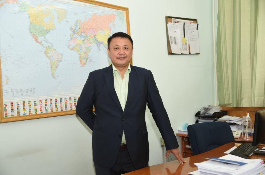 """""""Монгол Улсын өрийн асуудал аюулын харанга дэлдэж байна"""""""