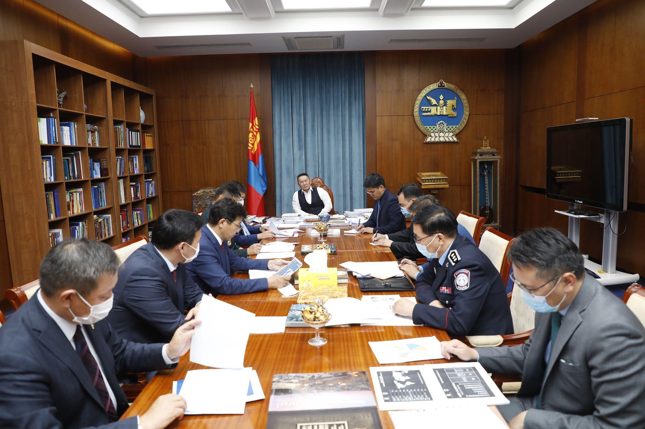 Монгол Улсын Ерөнхийлөгч Х.Баттулга гадаадад байгаа иргэдийг эх оронд нь татан авчирах ажлаа өргөтгөх үүрэг, чиглэл өгөв