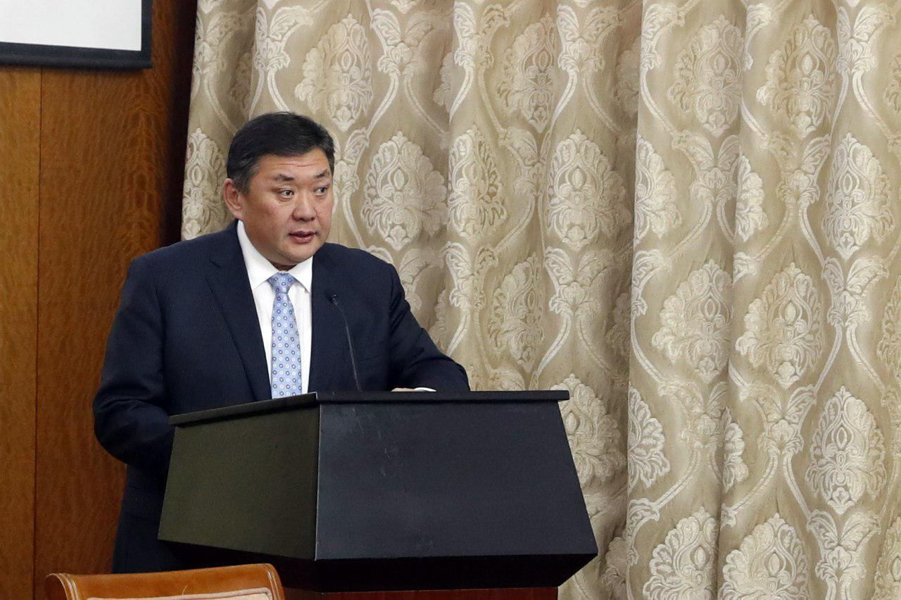 """""""Монгол Улсын Үндсэн хуульд нэмэлт, өөрчлөлт оруулах онол-практикийн асуудлууд"""" эрдэм шинжилгээний хурлыг нээж Монгол Улсын Их Хурлын дарга М.Энхболдын хэлсэн үг"""