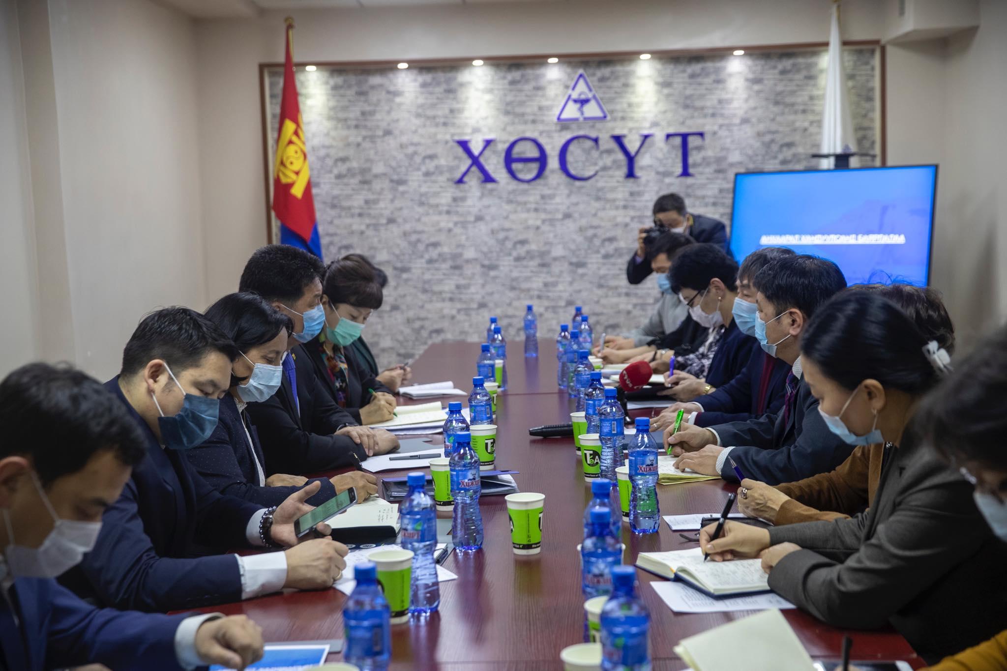 У. Хүрэлсүх: Иргэн хүн өөрийнхөө, бусдын, гэр бүлийнхээ эрүүл мэндийг хамгаалах ёстой. Энэ бол Монгол хүний үүрэг гэж ойлгох хэрэгтэй