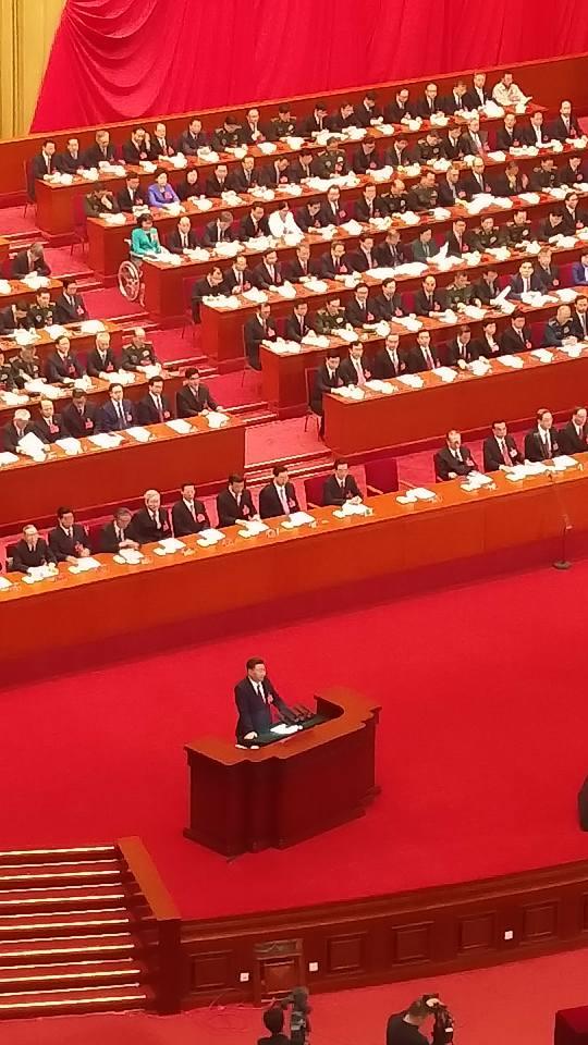 Дэлхийн эдийн засгийн хөгжлийн 30 хувийг Хятад улс дангаараа хангах болжээ