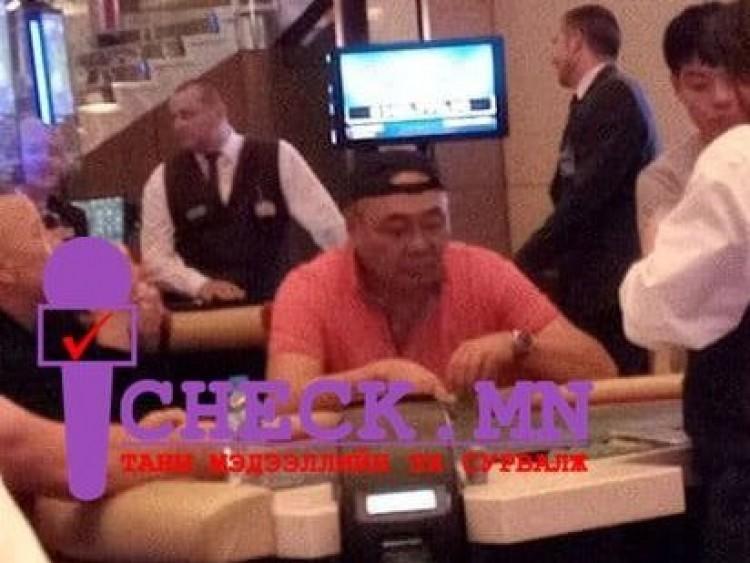 УИХ-ын гишүүн Д.Эрдэнэбат Сидней хотын казинод ГУРВАН цагийн турш тогложээ