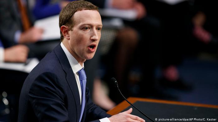 Цукерберг интернэтийг зохицуулах хятад загварыг эсэргүүцэв