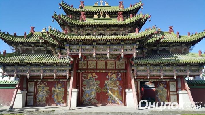 Богд хааны музейг ахмад настан, сурагчдад үнэгүй, том хүнд 50 хувийн хөнгөлөлттэй үзүүлнэ