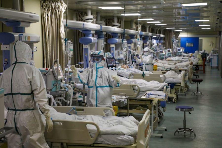 Хятадын арми Ухань хотод эмч нараа нэмж илгээжээ