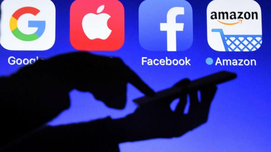 """ДЭМБ-ын ажилтнууд """"Facebook"""", """"Google"""" компанийн төлөөлөгчидтэй уулзжээ"""