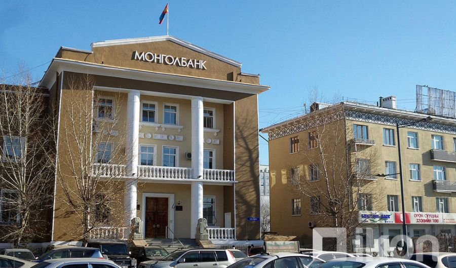 Монголбанк 114.4 сая ам.долларыг зах зээлд нийлүүлэв