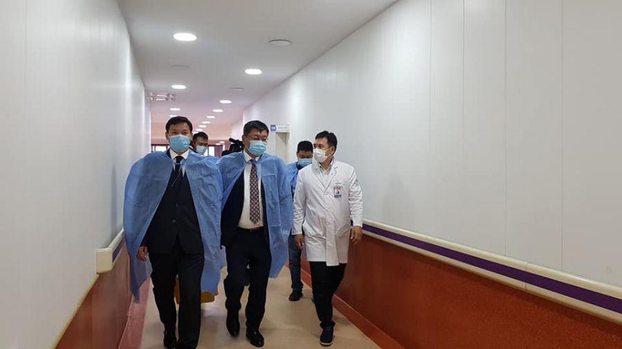 Шадар сайд Я.Содбаатар эрүүл мэндийн салбарын бэлэн байдлыг шалгав