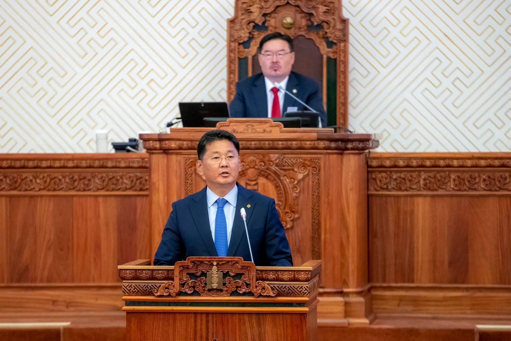 У.Хүрэлсүх: Монгол хэмээх улсын тулах хоёр баганын нэг нь Ардын нам гэвэл нөгөө нь Ардчилсан нам