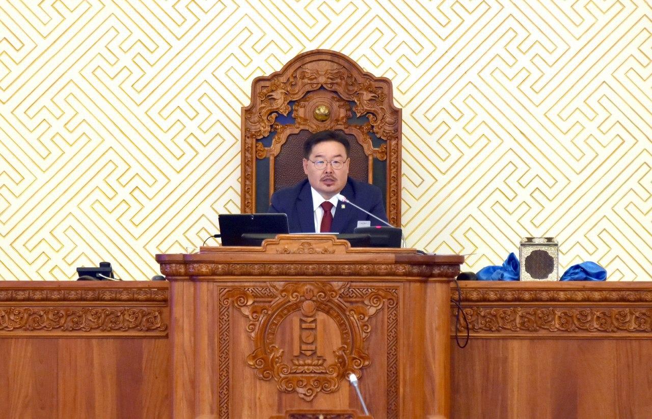 Улсын Их Хурлын гишүүн Гомбожавын Занданшатарыг Монгол Улсын Их Хурлын даргаар сонголоо