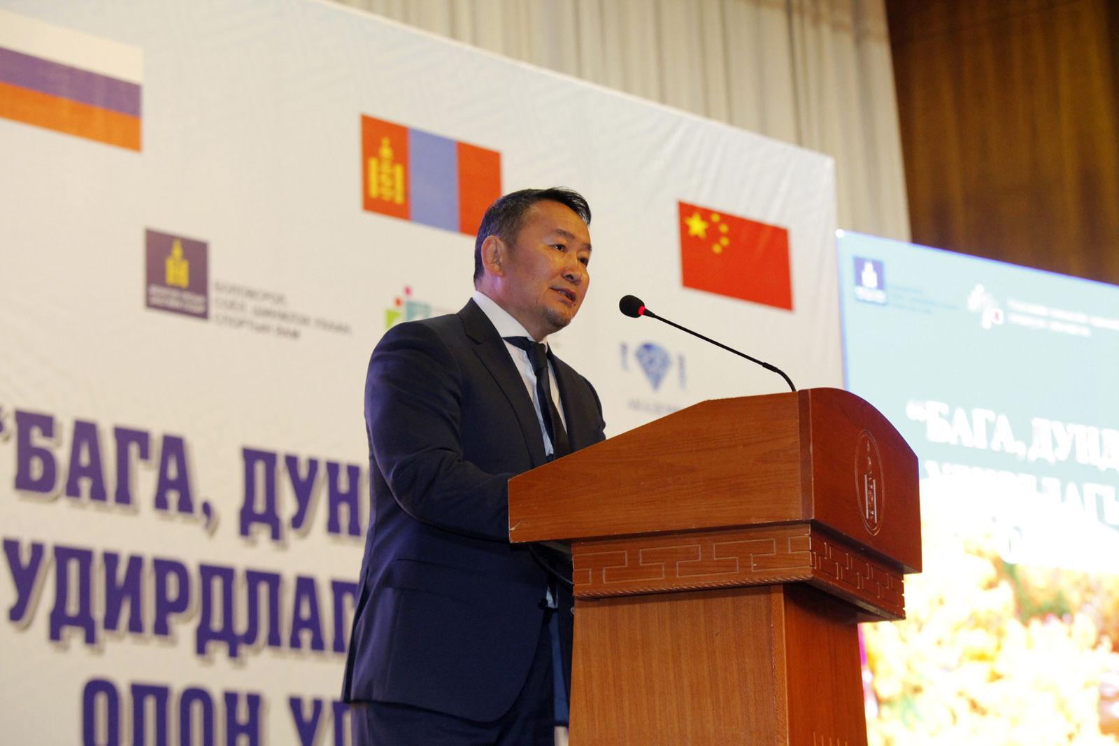 Монгол Улсын Ерөнхийлөгч Х.Баттулга: Утаанаасаа салж байж улс орон хөгжинө