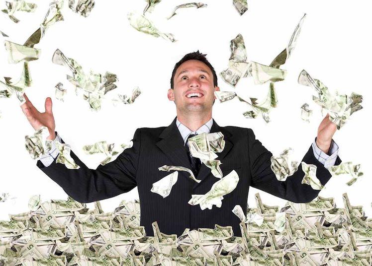 Хүн бүр баян болохыг хүсдэг. Баячуудын өдөр тутамдаа хийдэг ижилхэн хэвшил
