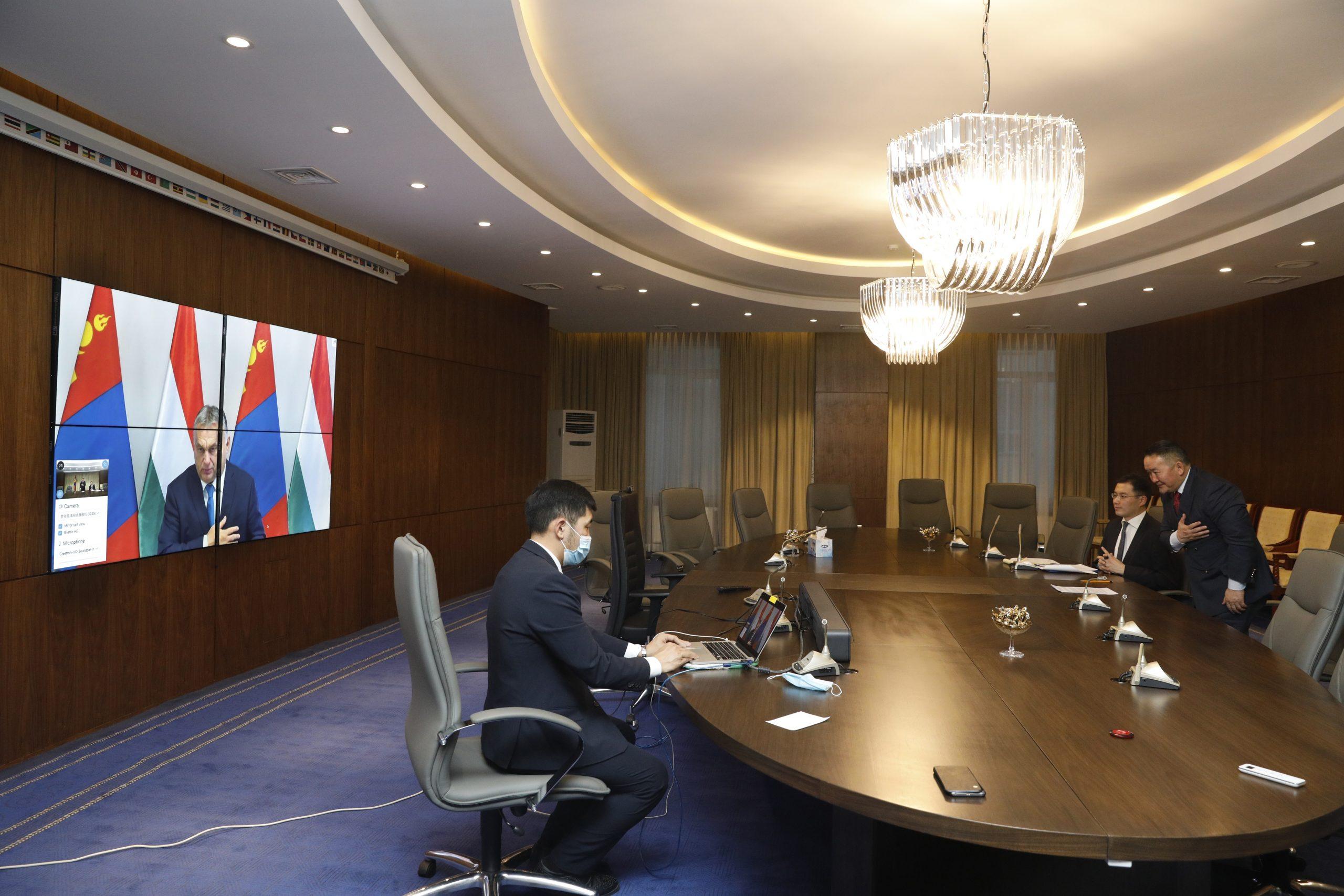 Монгол Улсын Ерөнхийлөгч Х.Баттулга Унгар улсын Ерөнхий сайд Виктор Орбантай цахим уулзалт хийлээ
