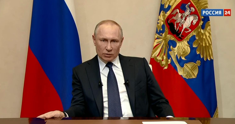 В.Путин цалинтай амралтын өдрүүдийг сунгажээ