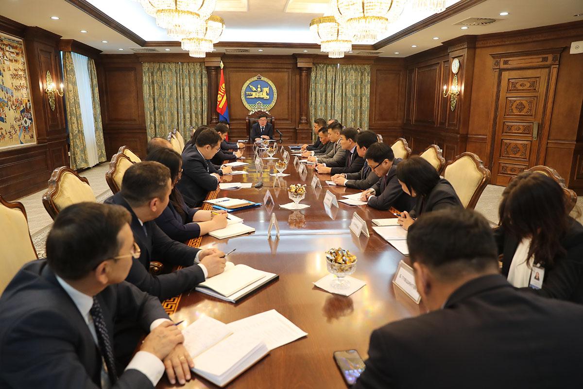 """Г.Занданшатар: Монгол Улс """"Саарал жагсаалт""""-д орох эрсдэл үүссэн"""
