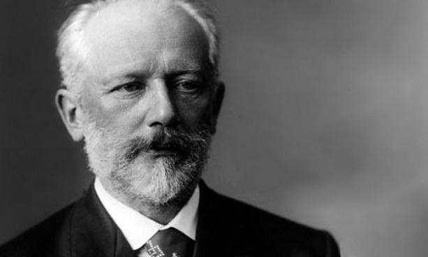 П.И.Чайковский шийдвэр гаргах насанд хүртлээ хөгжмийг амьдралынхаа хамгийн чухал зүйлээр сонгоогүй