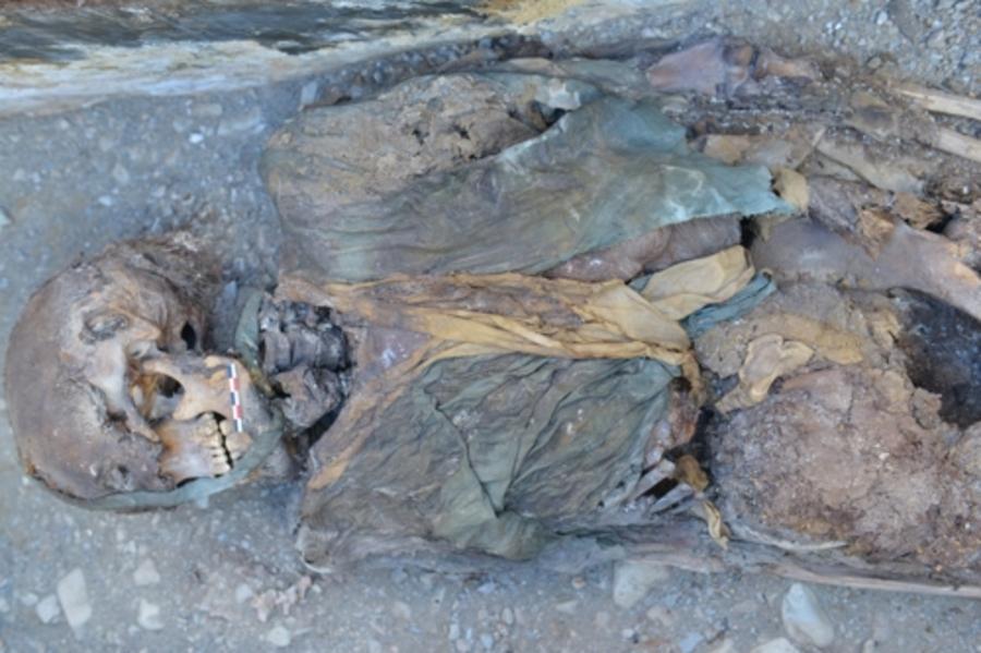 Өмнөд Солонгосын археологичид Монголоос 2000 жилийн настай мумми олж илрүүлжээ